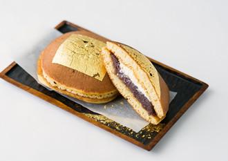 お祝いギフトには贅沢な気分を味わえる金箔入りの「食品」