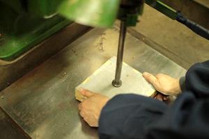 金箔を貼る際の道具とはどのようなもの?